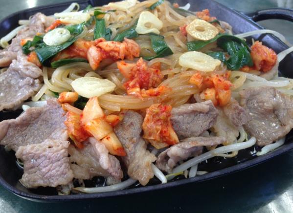 焼き冷麺 鉄板カルビ